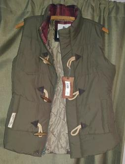 Legendary Whitetails Asparagus Green Quilted Vest NWT Women'