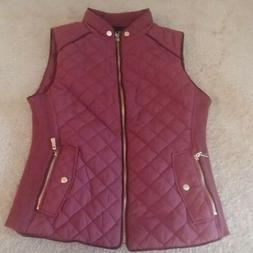 EUC Womens Active USA Quilted Padded Burgundy Full Zipper Ve